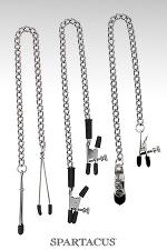 Set 3 chaînes pince-seins Spartacus : 3 styles de pinces ajustables, variété et sensations assurées : pinces simples, pinces alligator et pinces larges à vis.